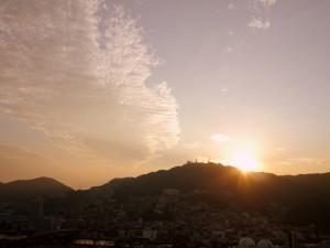 最初の日の夕焼け