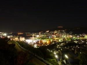 立山(駅の少し上)からの夜景